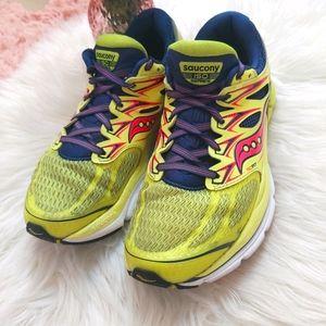 Saucony ISO Hurricane sz 8 Running Shoe Yellow